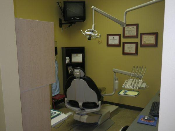 Tulsa Precision Dental dental room